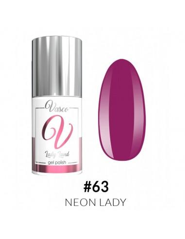 Lady Land 063