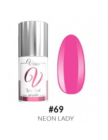 Lady Land 069